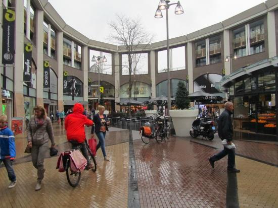 Winkelcentrum St. Jorisplein