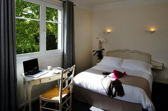 Hotel du Bosquet: chambre supérieure