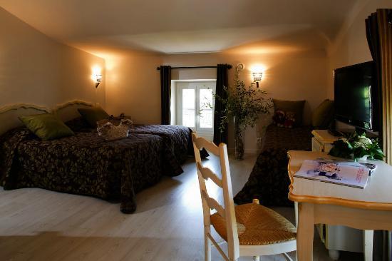 Hotel du Bosquet: chambre triple