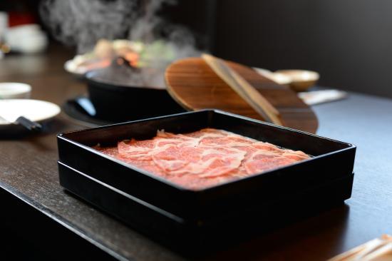 Nabehide Japanese Hotpot