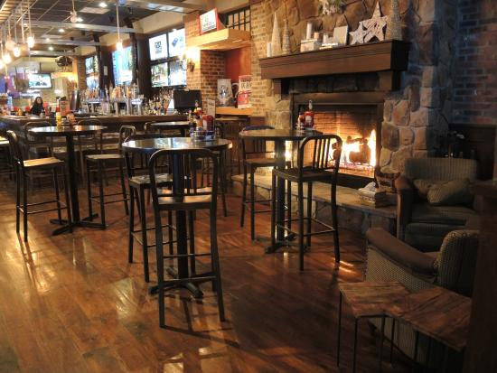 Santora S Pizza Pub Amp Grill Williamsville Updated 2019