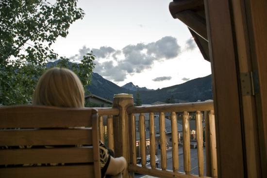 Brewster's Mountain Lodge: View from Loft Suite