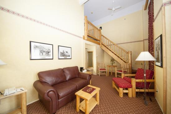 Brewster's Mountain Lodge: Loft Suite
