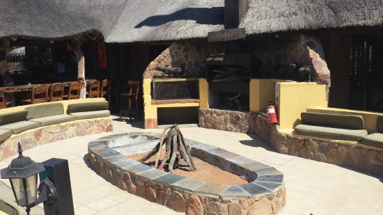 Matswani Lion Lodge : Feuer/Grill Bereich