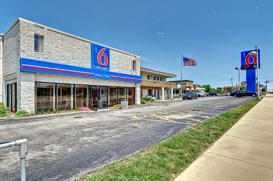 Motel 6 Chicago West - Villa Park