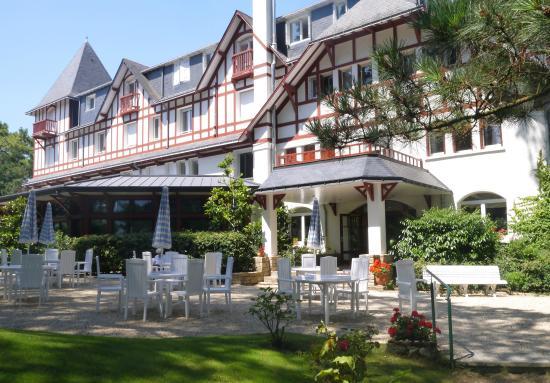 Hotel Les Pleiades - La Baule : ^