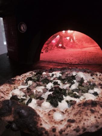 Il Casaro Pizzeria and Mozzarella Bar