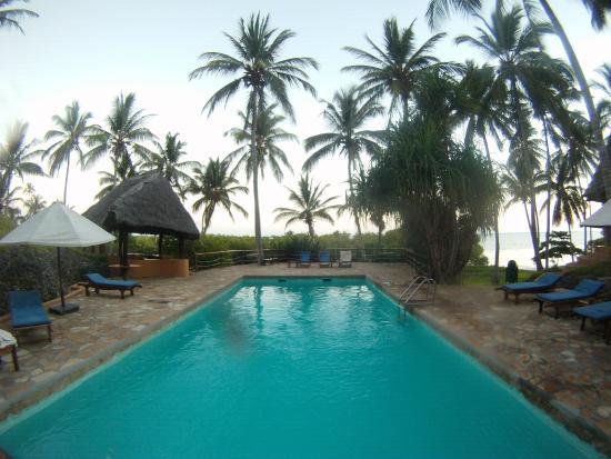 Kinasi Lodge: Great pool!