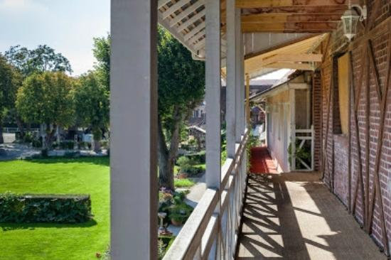 Auberge du Clos Normand : Terrasse