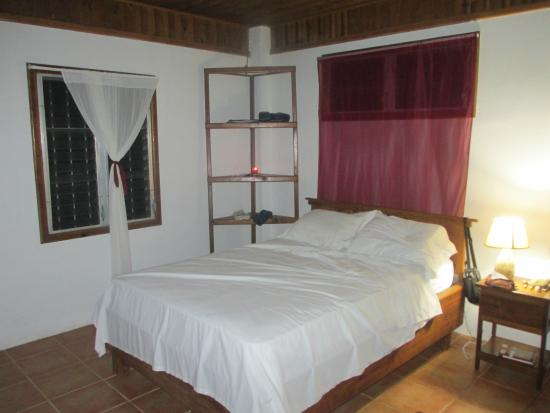 The Colibri Hill Resort: bedroom area