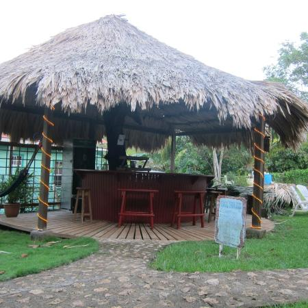 The Colibri Hill Resort: Tikki Bar/ Poolside