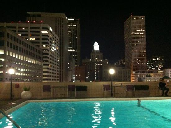 Holiday Inn Downtown Superdome Vista Da Piscina Do Hotel