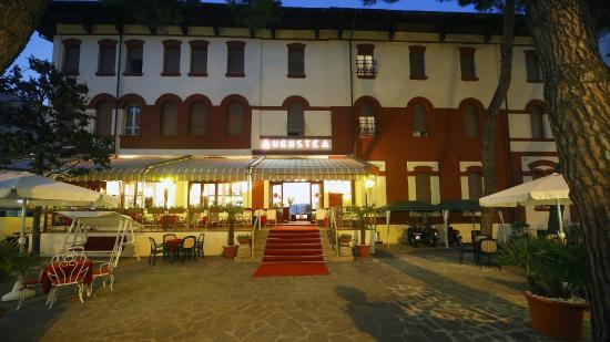 Hotel Augustea