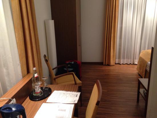 Hotel Klostergarten: Номер
