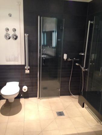 Hotel Klostergarten: Ванная