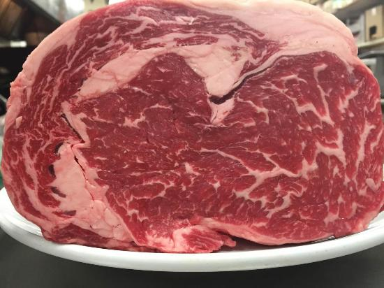 Gliss Steak & Seafood: NOW AT GLISS TRIPLE AAA STERLIVING SILVER BEEF FROM HIGH RIVER ALBERTA