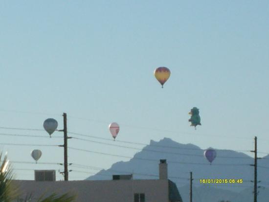 Lake Havasu Travelodge: And more Balloons