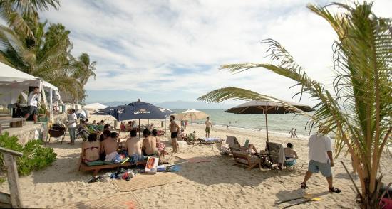Proud Beach Project: Simplemente, se disfruta la playa de una manera especial