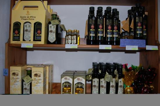 Olive Oil Tour: The shop