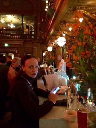 Berns Salonger: Me and bar