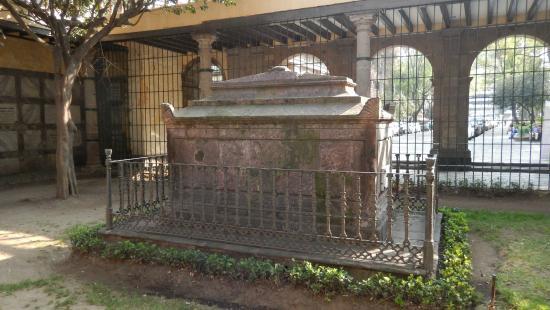 Cemetery of San Fernando: Miramon