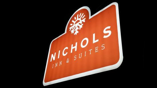 Nichols Inn of Hastings: Front sign