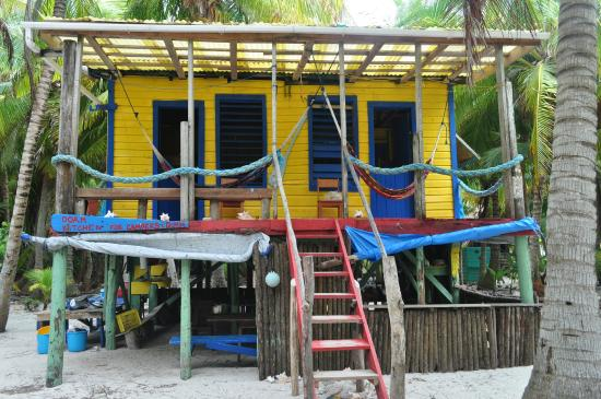 Glover's Atoll Resort: dorm accommodation at a great value