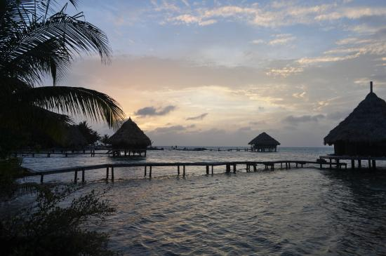 Glover's Atoll Resort: ahhh....
