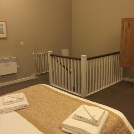 Bluestone National Park Resort: Bedroom: 1 Bed Cottage