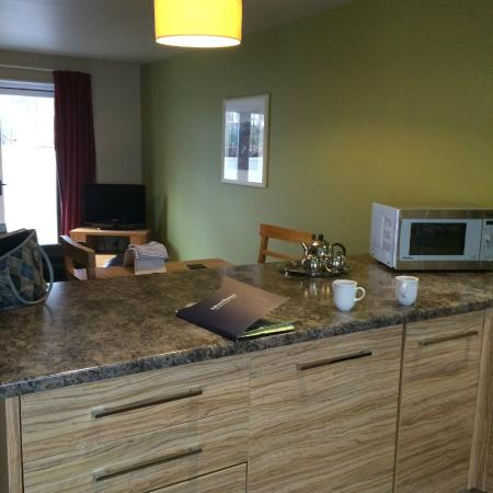open plan kitchen - 1 bed cottage - Picture of Bluestone National Park ...: https://www.tripadvisor.co.uk/LocationPhotoDirectLink-g3576019...