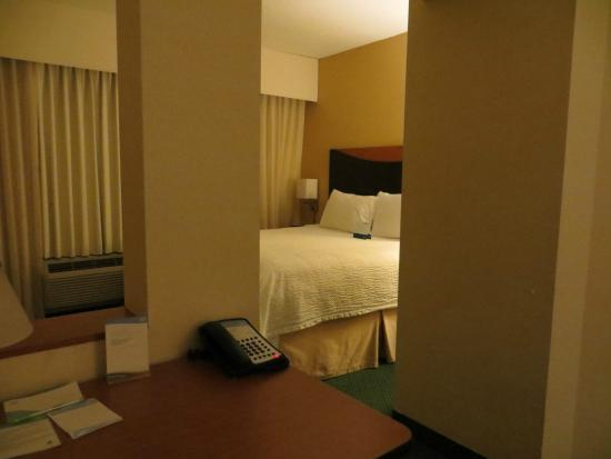 Fairfield Inn & Suites West Palm Beach Jupiter: King Size Bed