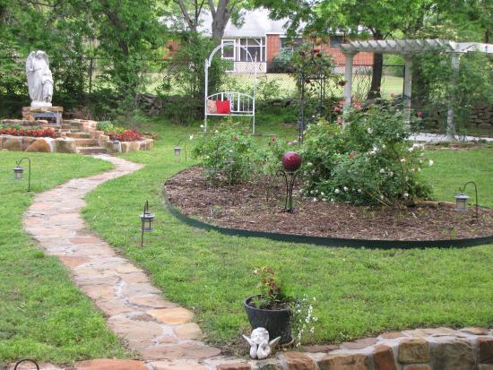 the rose garden cottage bed breakfast back yard - Backyard Rose Garden