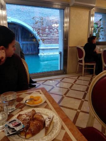 Alcyone Hotel: Sala per la colazione