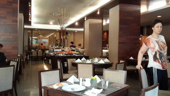 Sunbeam Hotel Pattaya: Eastin restaurantı