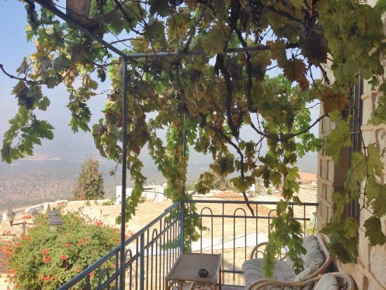 Karo Mansion : Balcony
