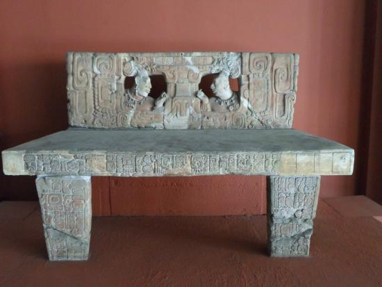National Museum of Archaeology and Ethnology: trono Piedras Negras