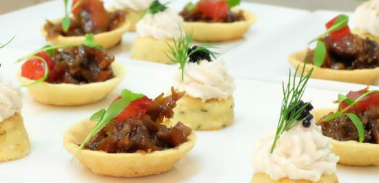 Knockendarroch House Hotel: Canapes in our 2 rosette restaurant