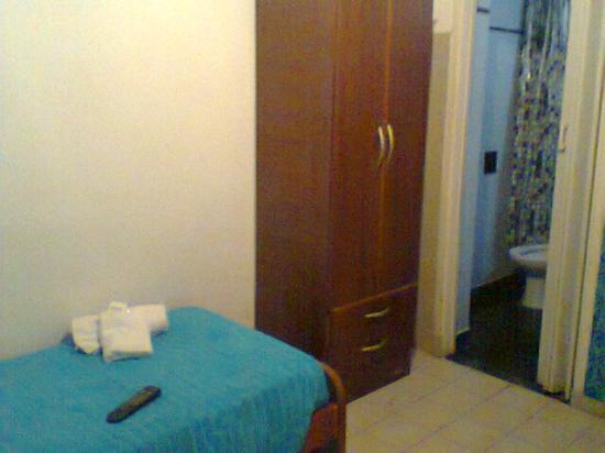 Koten Hotel: Habitación