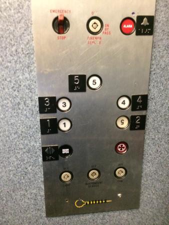 Florida Beach Hotels: Elevator