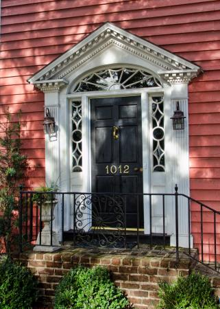 The Keith House Inn: Front Door