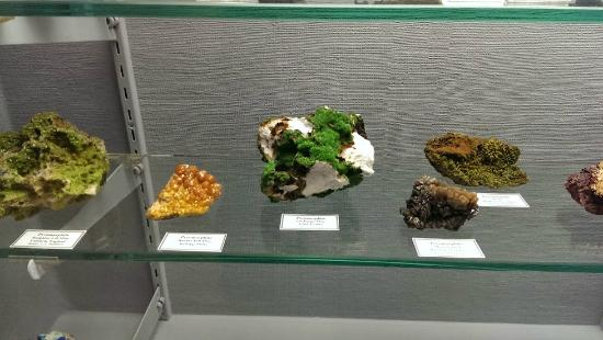 Mineral Museum of Michigan: even more displays