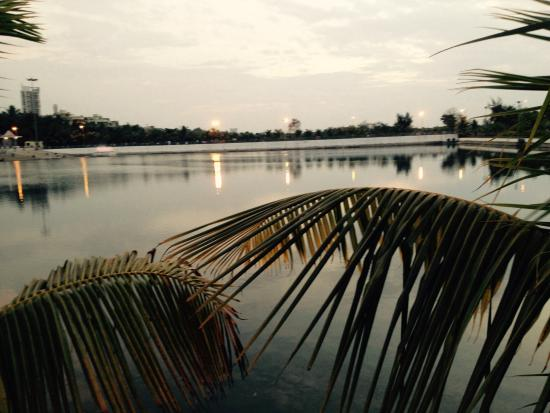 Koperkhairane Lake