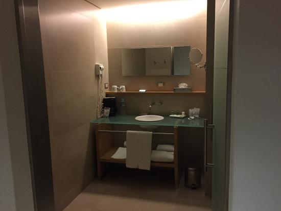 NH Collection Mexico City Airport T2: Baño