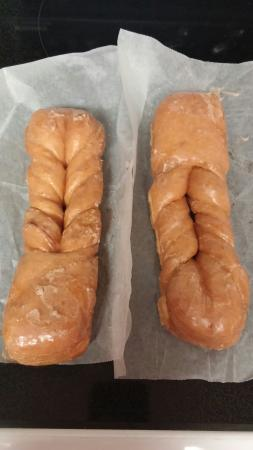 Ralph's Donut Shop: Free twists for 1st time customers
