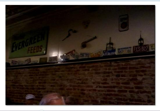 Murphy's Steakhouse: Decorations include license plates from a number of states of the USA