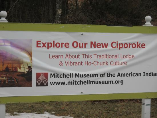 Mitchell Museum of the American Indian : Promotion of the Ho-Chunk Lodge