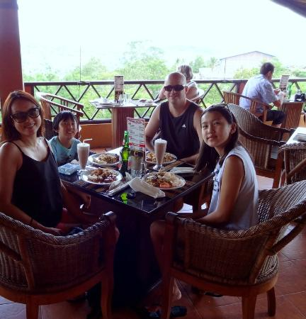 Pacung Indah Hotel & Restaurant: Great Views.. Average Food