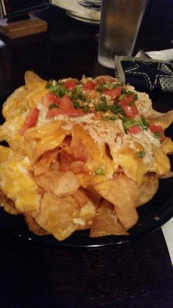 Hempen Hill BBQ Bar & Catering: Kettle crab chips ( best thing on menu)