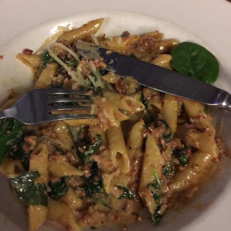 Chilly's Pizza & Trattoria: Penne special