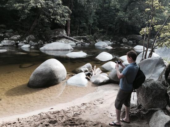 Daintree Tours: Mossman Gorge creek